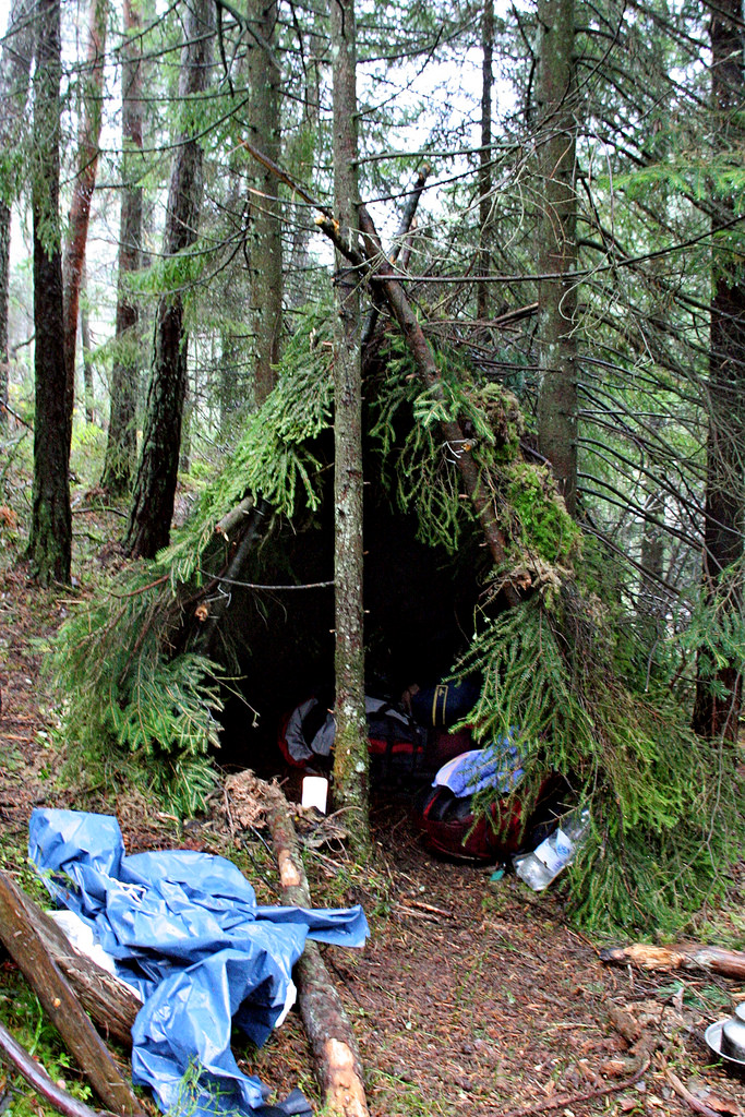 10 Amazing DIY Native American Survival Shelters